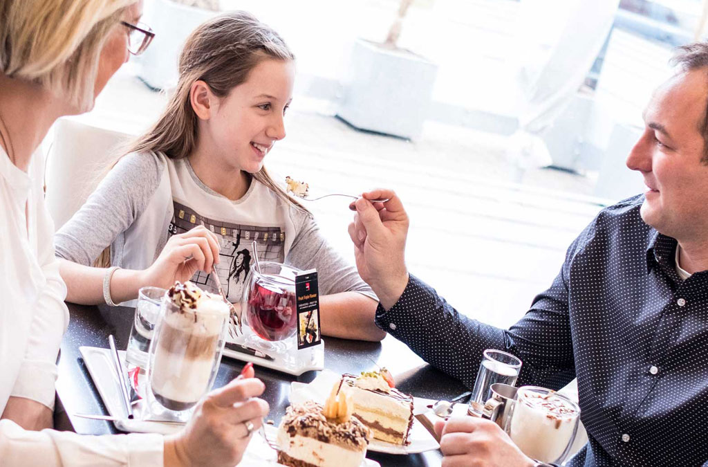 Süßes und Kaffee mitten in Fürstenfeld